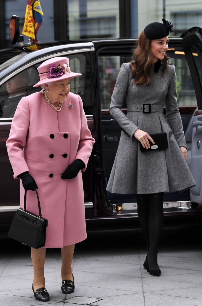 kate middleton and queen elizabeth, Catherine Walker, gianvito rossi piper pumps