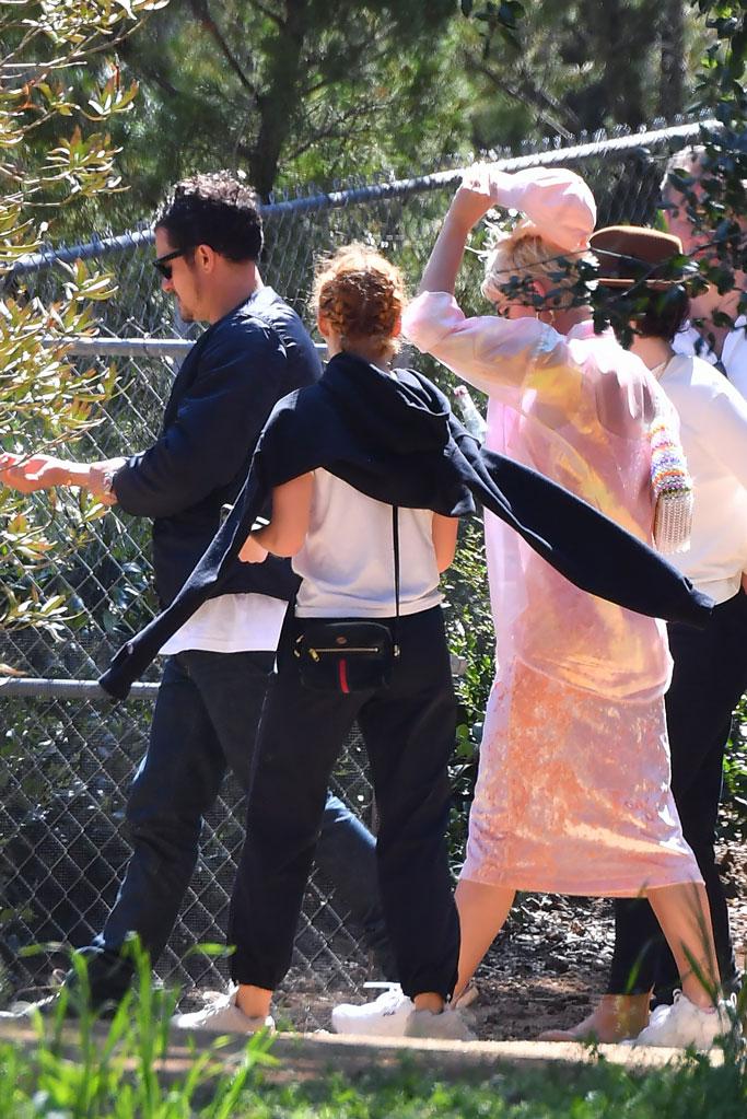 Katy Perry, Orlando Bloom, church, sunday, kanye west,