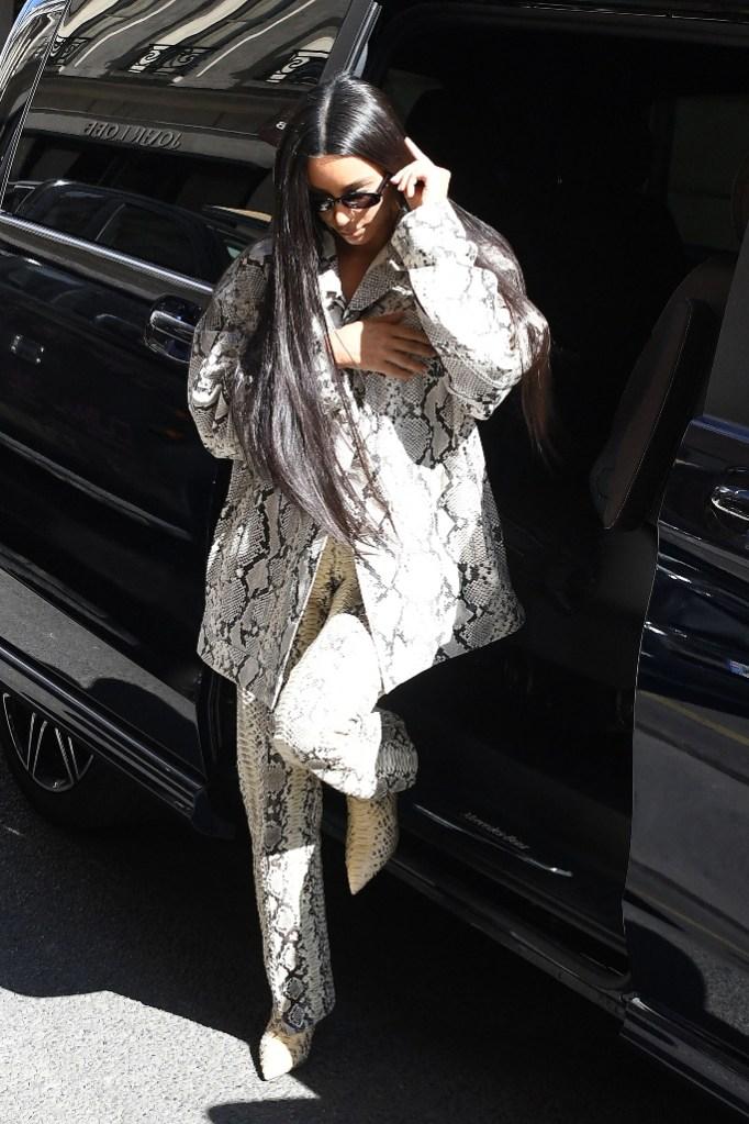 kim kardashian, snakeskin, paris, boots