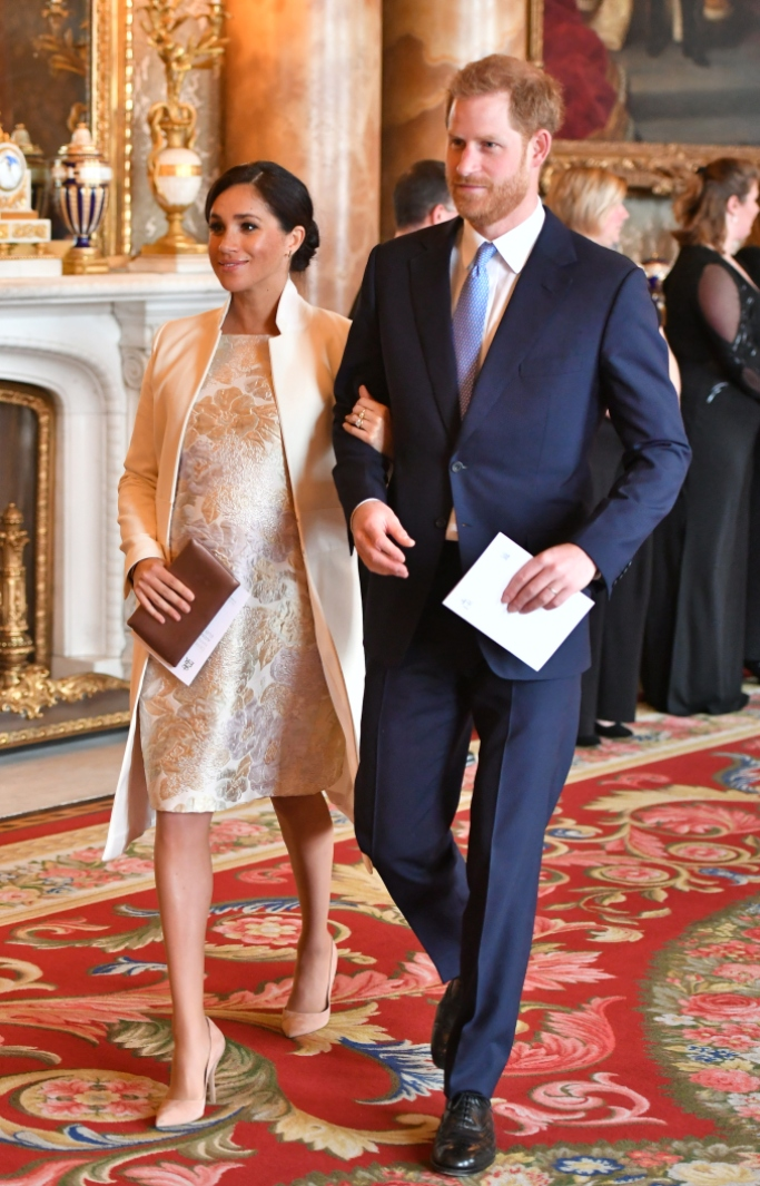 meghan markle, Amanda Wakeley, paul andrew pumps