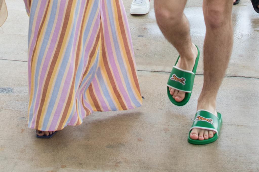 sophie turner, nick jonas feet, priyanka chopra, joe jonas, miami, le tigre slides, sandals