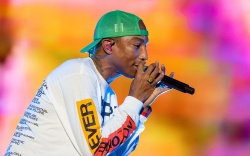 N.E.R.D. - Pharrell WilliamsLife is Beautiful