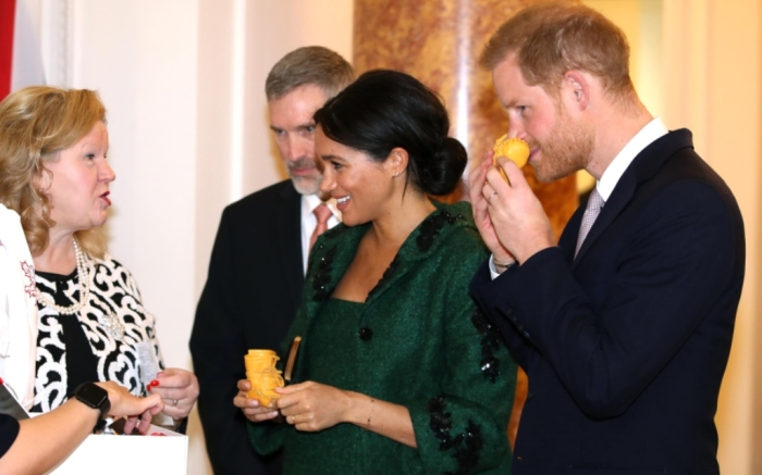 meghan markle, prince harry, baby gift, baby moccasins