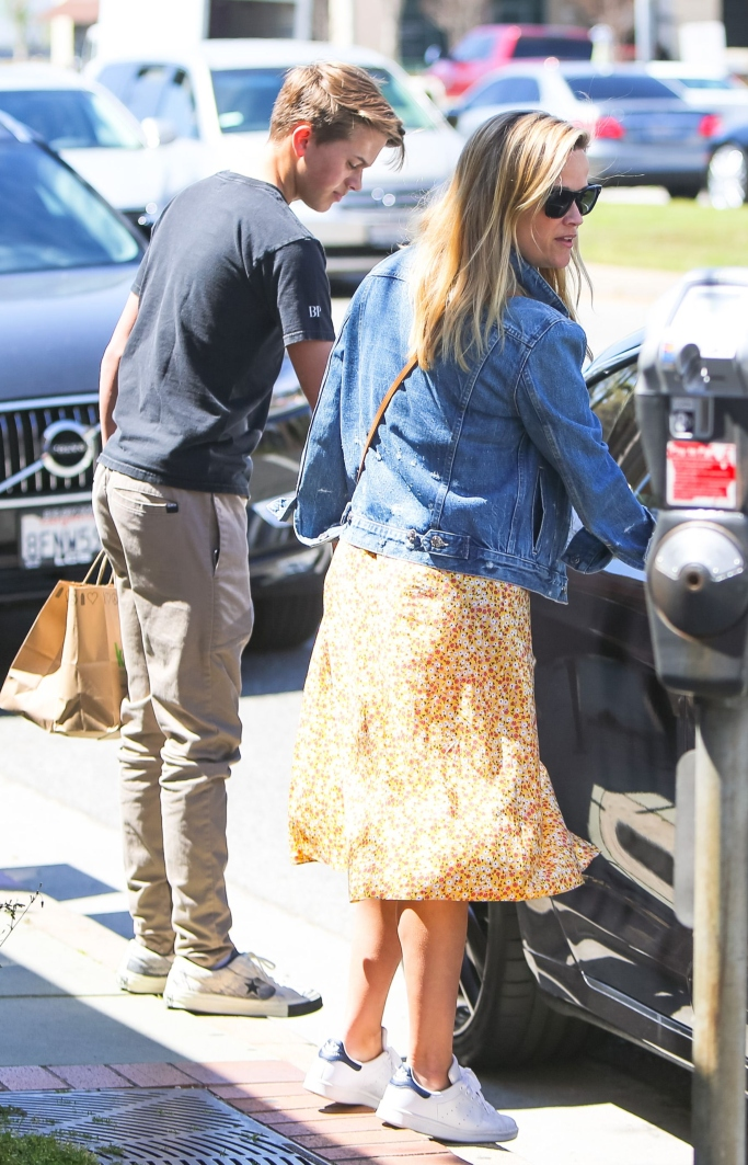 adidas stan smith sneakers, reese witherspoon, Deacon Phillippe