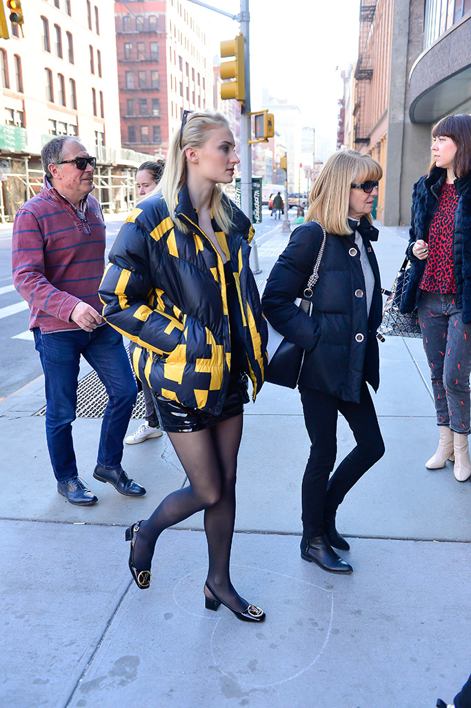 Joe Jonas, Sophie Turner, and her parents leaving the Knicks game and then out for a late lunch together.Pictured: Joe Jonas,Sophie TurnerRef: SPL5071089 090319 NON-EXCLUSIVEPicture by: North Woods / SplashNews.comSplash News and PicturesLos Angeles: 310-821-2666New York: 212-619-2666London: 0207 644 7656Milan: 02 4399 8577photodesk@splashnews.comWorld Rights