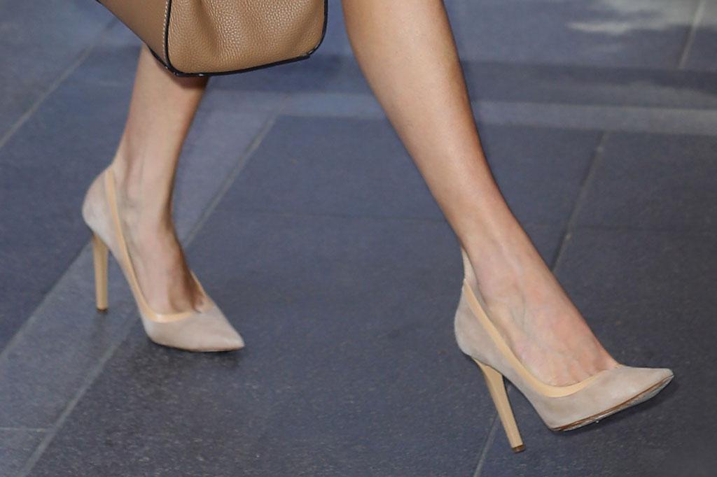 amal clooney, jimmy choo imogen pump, nude high heels, celebrity style