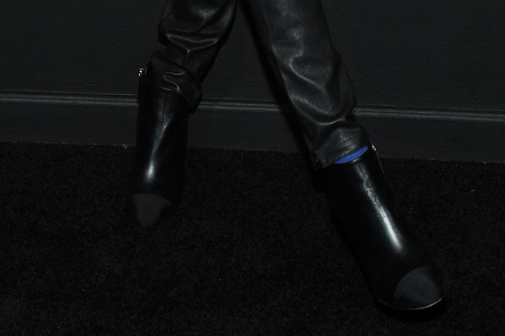 cara delevingne, black ankle boots, chanel dinner, celeb style