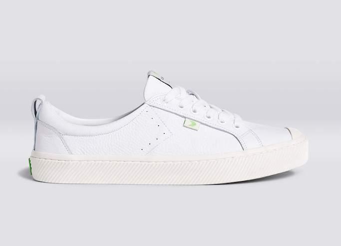 cariuma triple white leather premium, best white sneakers with dresses