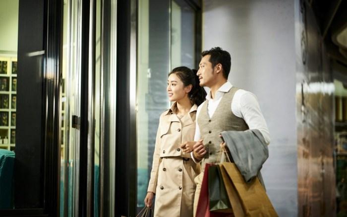 China-luxury-consumer-spending