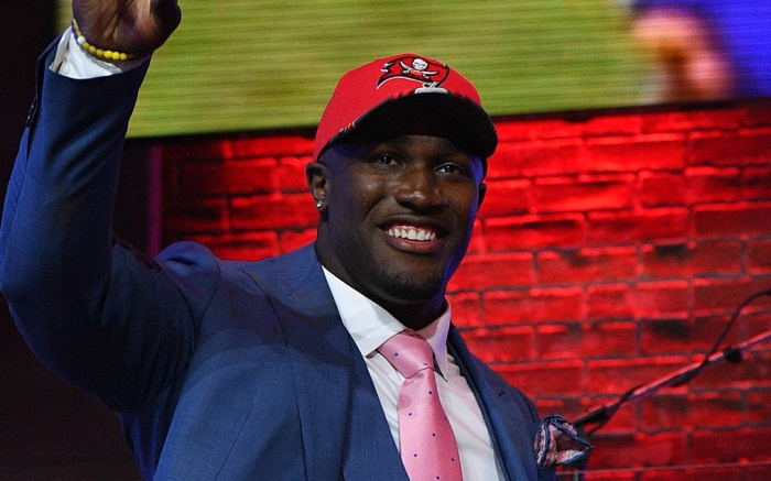 Devin White (LSU) is the fifth pick and walks across stage during the first round of the NFL Draft in Nashville Tennessee. (Mandatory Photo Credit: Steve Roberts/CSM)NFL Draft: Round 1 :, Nashville, USA - 25 Apr 2019
