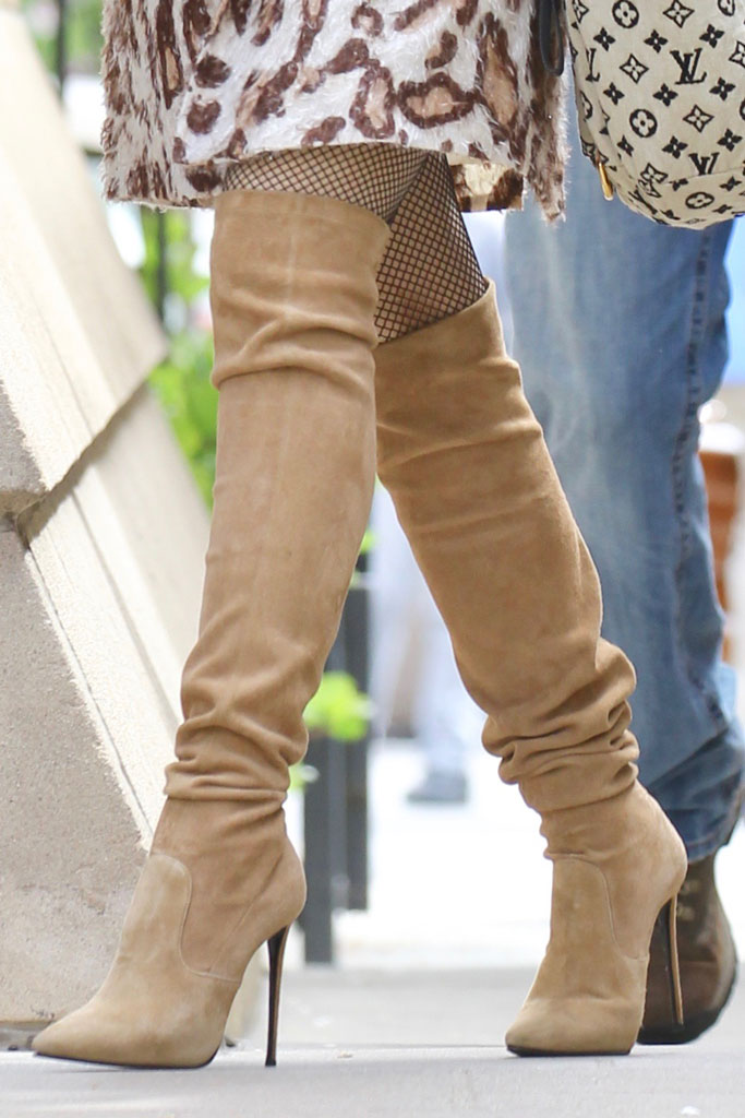 gwen stefani, easter church services, celebrity style, thigh-high boots,