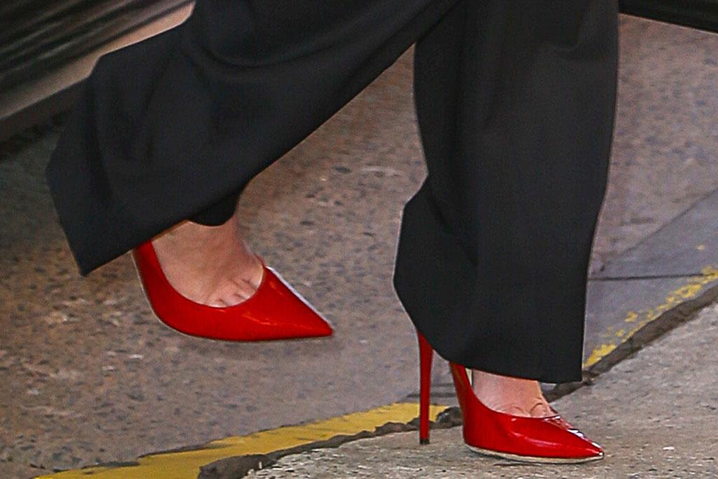 jennifer lawrence, red pumps, celebrity style, tribeca film festival