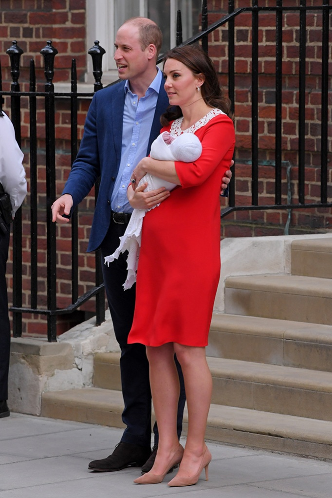 kate middleton, gianvito rossi, pumps, jenny packham, red dress, Catherine Duchess of Cambridge and Prince William leaving hospital with their newborn baby boy, Prince LouisCatherine Duchess of Cambridge gives birth to her third child, Lindo Wing, St Mary's Hospital, London, UK - 23 Apr 2018WEARING JENNY PACKHAM