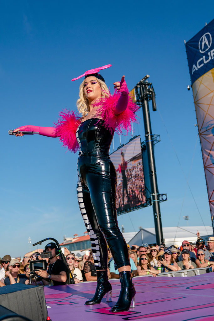 katy perry, new orleans, festival style, piano keys, ankle boots