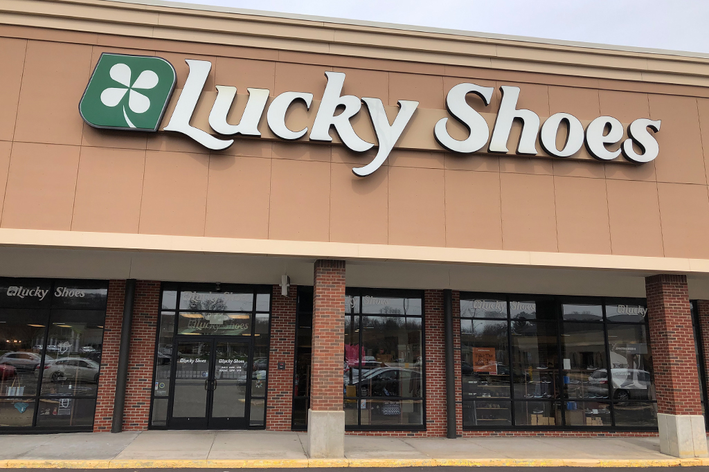 Lucky Shoes Store