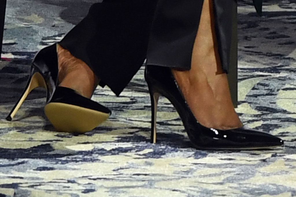 Michelle Obama, classic black pumps, becoming, book tour, oslo, norwqy