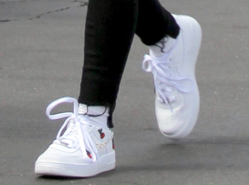 ariel winter shoes, nike air force 1 sneakers