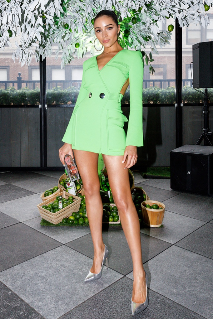 Olivia Culpo, david koma minidress, celebrity style, brian atwood silver pumps, bacardi brunch, nyc, april 2019