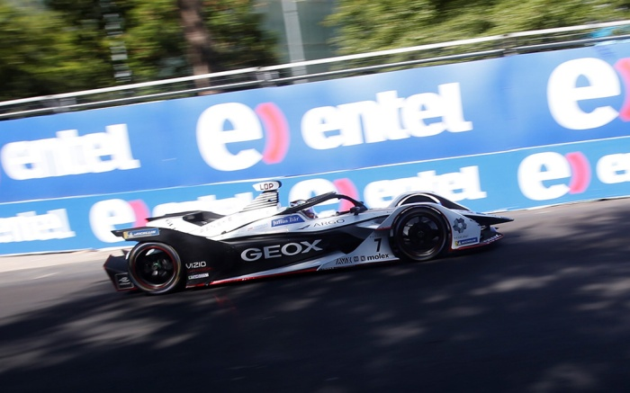 Argentinian driver José María López, of the Geox Dragon team, races in the Santiago Grand Prix of Formula E, at the O'Higgins Park Circuit, in Santiago, Chile, 26 January 2019.. The O'Higgins Park in the center of Santiago de Chile was transformed into a racing circuit for the 22 drivers participating in the third grand prize of the Formula E world championship.Grand Prix of Santiago of Formula E, Chile - 26 Jan 2019
