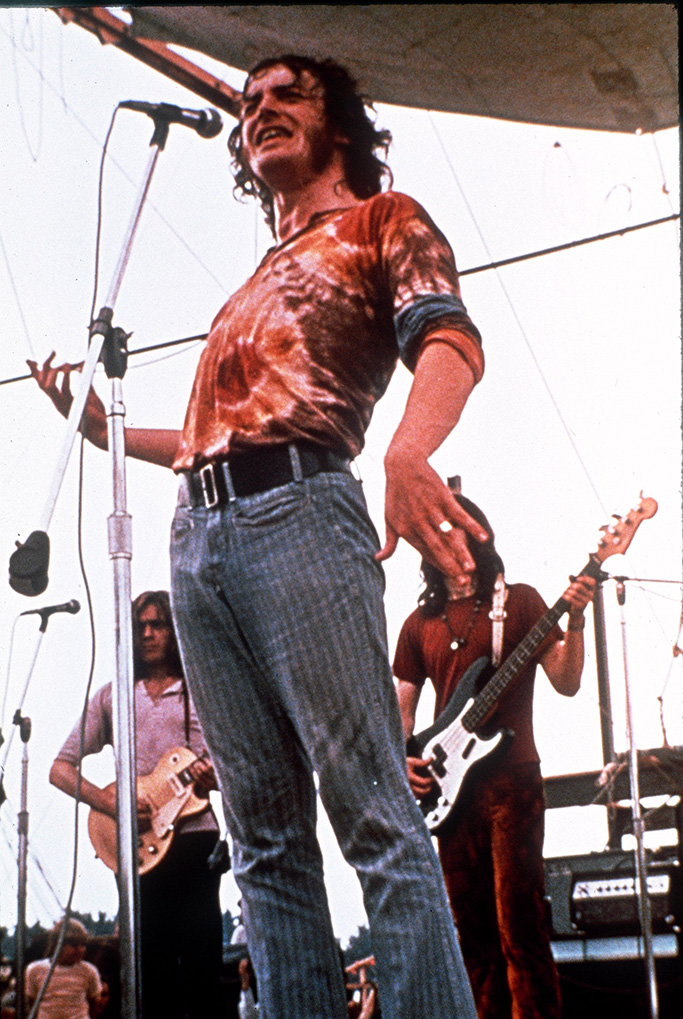 Musician Joe Cocker performs for the thousands of people attending the Woodstock Festival of Arts and Musik at Bethel, New York August 1969WOODSTOCK COCKER, BETHEL, USA