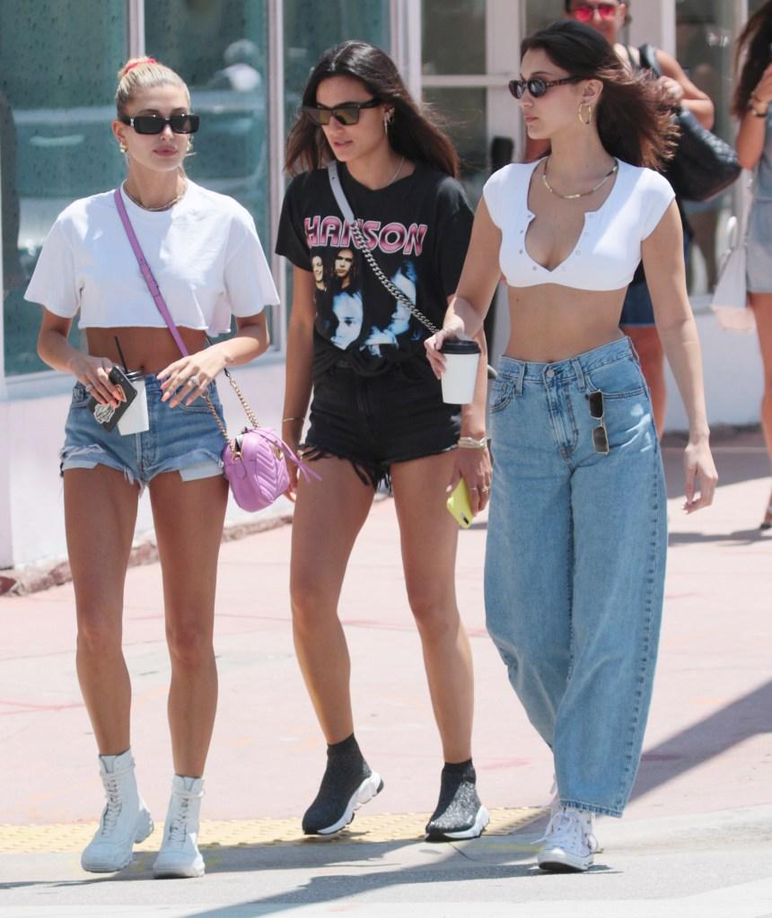 Bella Hadid, Hailey BaldwinBella Hadid and Hailey Baldwin out and about, Miami Beach, Florida, USA - 29 Apr 2018 Bella Hadid and Hailey Rhode Baldwin shopping in Miami Beach