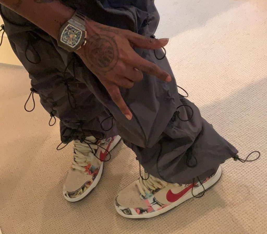 Travis Scott Nike SB Dunk Low 'Paris'