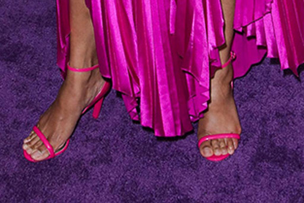 Zoe Saldana'Avengers: Endgame' Film Premiere, Arrivals, LA Convention Center, Los Angeles, USA - 22 Apr 2019Wearing Givenchy same outfit as catwalk model *10068443an, hot pink