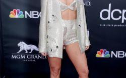 Leggy Billboard Music Awards Looks