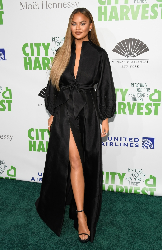 chrissy teigen, city harvest gala, Azzi & Osta dress
