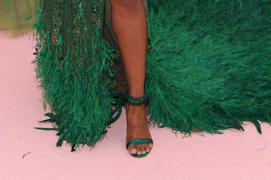 ciara, met gala 2019, peter dundas gown, green heels, feet, sandals