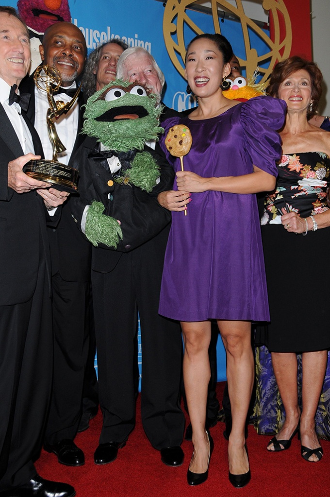 Sandra Oh and Oscar The Grouch36th Annual Daytime Emmy Awards, Orpheum Theatre, Los Angeles, America - 30 Aug 2009