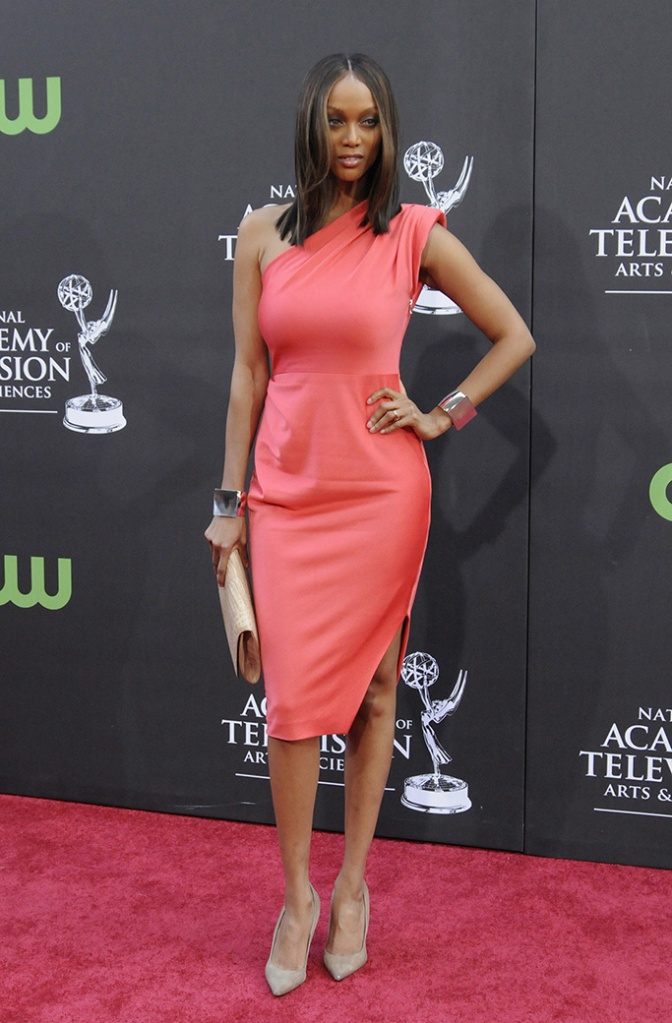Us Actress Tyra Banks, manolo blahnik pumps, rachel roy pink one-shouldered dress, Arrives at the 36th Annual Daytime Emmy Awards Held at the Orpheum Theatre in Los Angeles Usa On 30 August 2009Usa Daytime Emmy Awards - Aug 2009