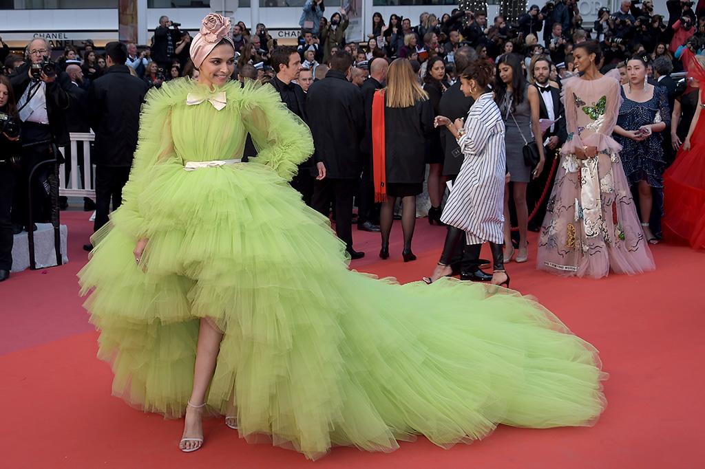 Deepika Padukone'Pain and Glory' premiere, 72nd Cannes Film Festival, France - 17 May 2019 Wearing Giambattista Valli same outfit as catwalk model *9327889az