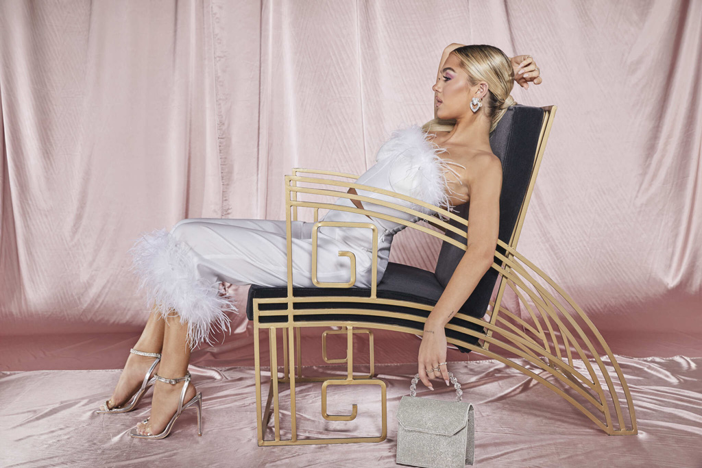 Delilah Hamlin, boohoo, feathers, celebrity style, premium c