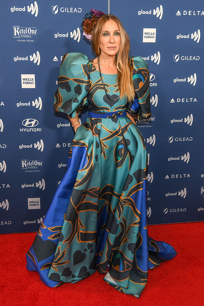 Sarah Jessica Parker, elie saab, celebrity style, red carpet, patterned dress, 30th Annual GLAAD Media Awards, Arrivals, New York, USA - 04 May 2019