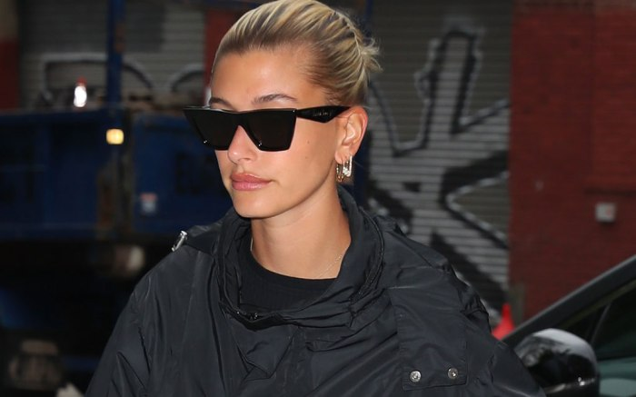 Hailey Baldwin, nyc, celebrity street style