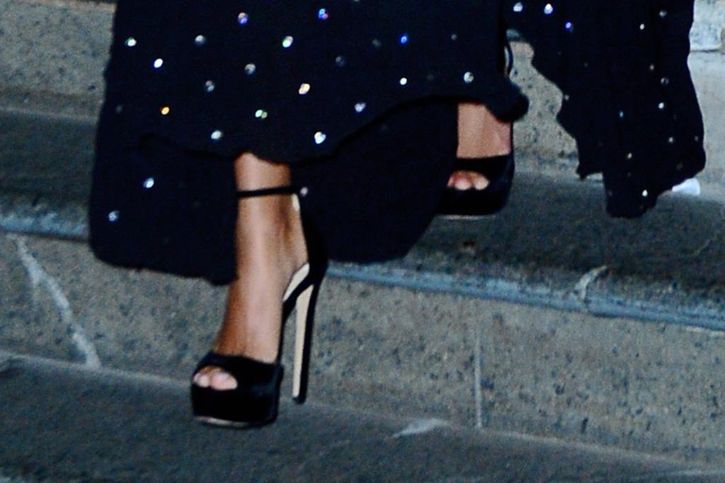 jimmy choo max platform sandals, celebrity style, hailey baldwin