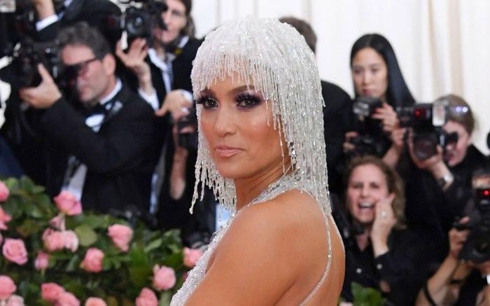 Jennifer Lopez , versace, celebrity style, 2019 met gala, red carpet