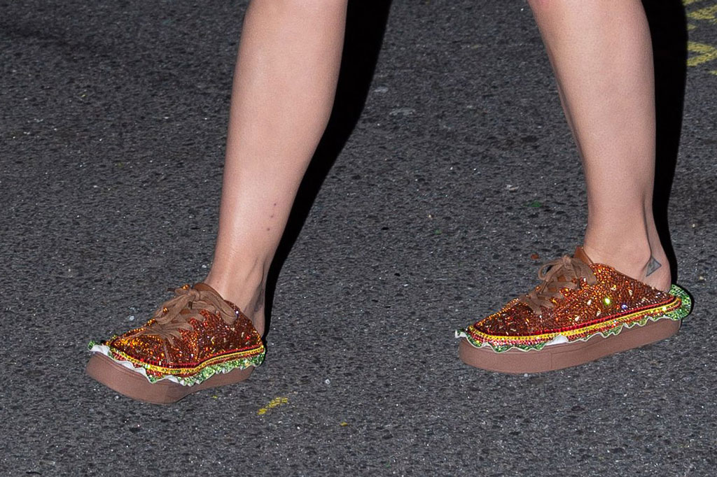 katy perry, burger sneakers, katy perry collections the munchie