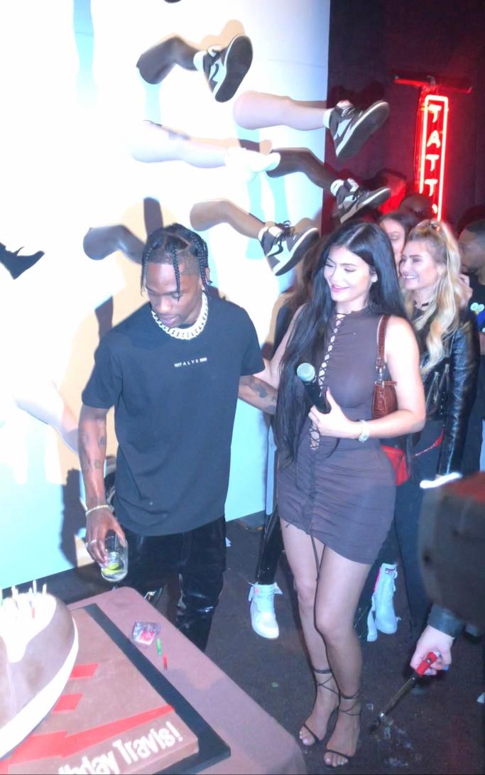 Kylie Jenner and Travis Scott, air jordan 1 travis scott