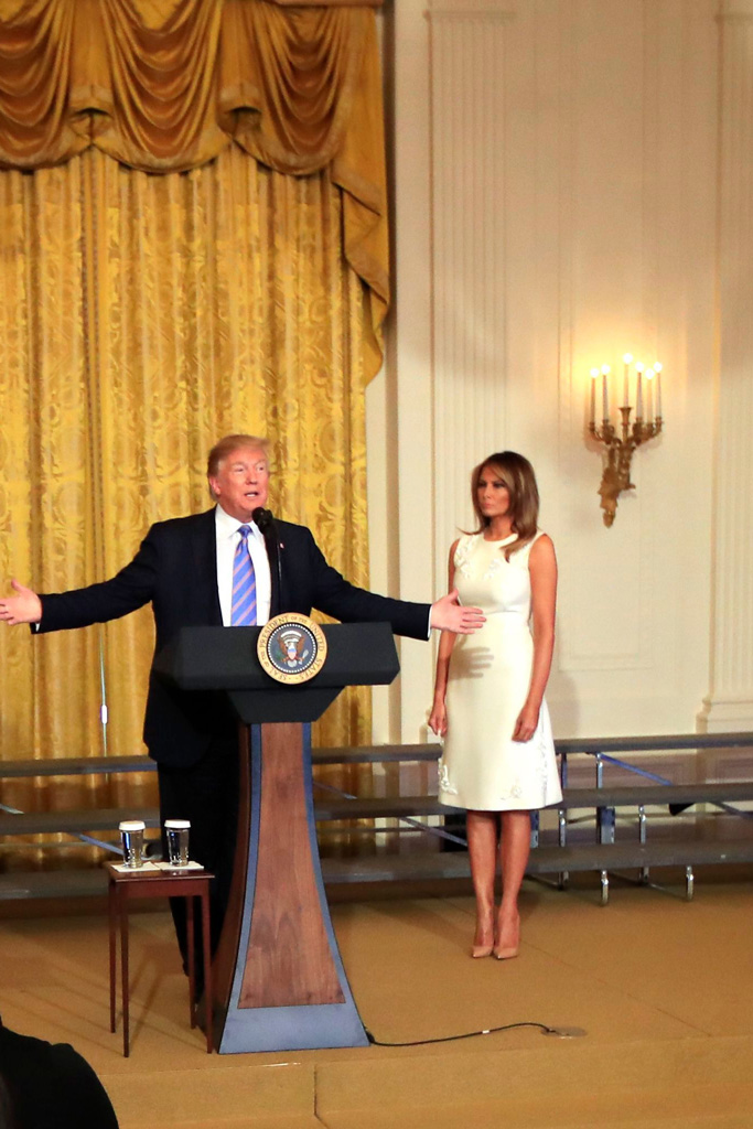 Melania Trump, donald trump, white house, first lady, white dress, nude pumps, celebrity style