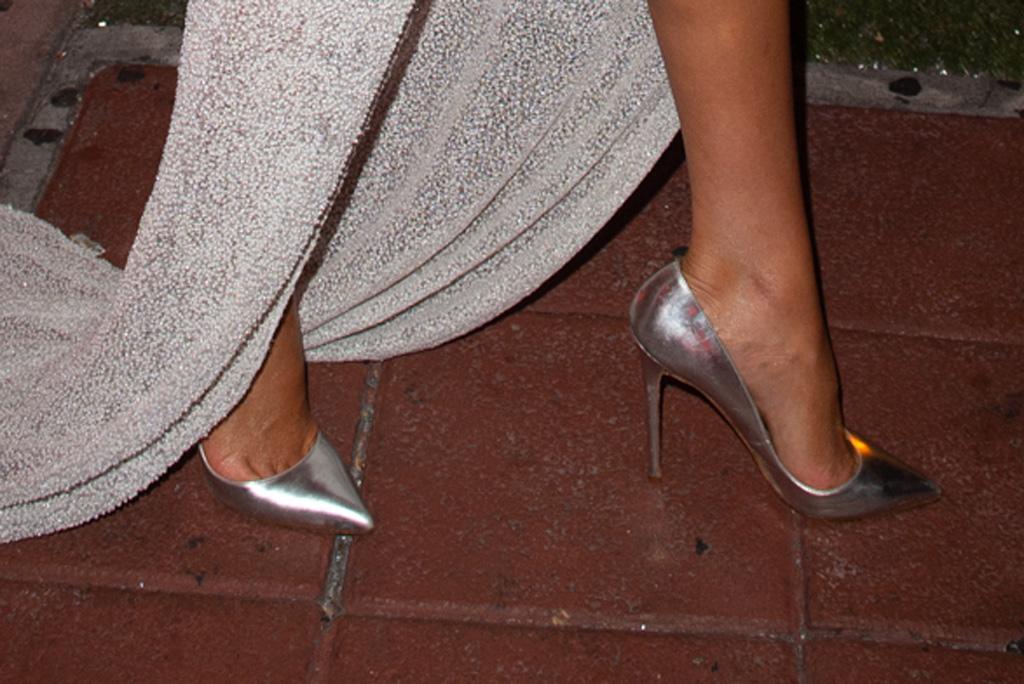 Olivia Culpo, silver christian louboutin pumps, celebrity style, miami beach, 2019