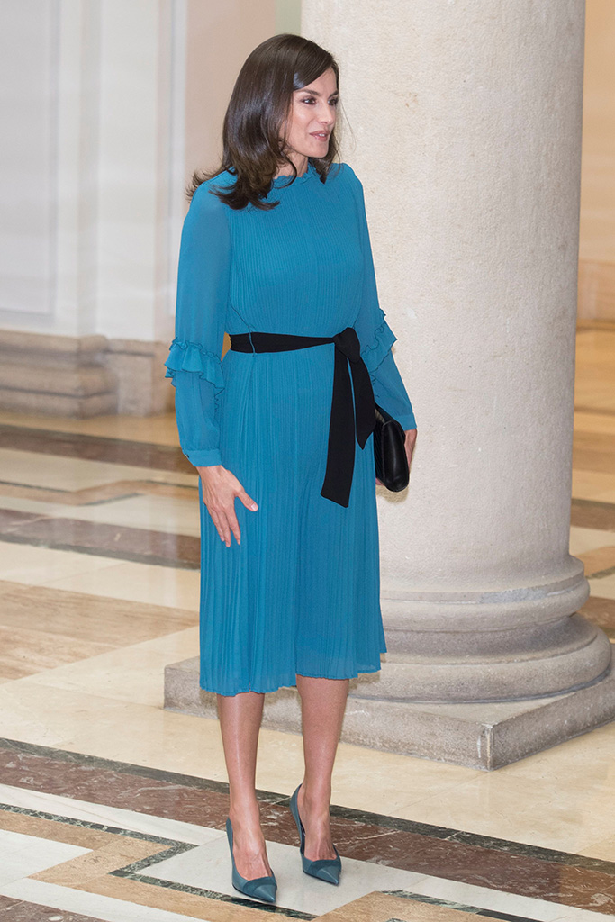 queen letizia of spain, magrit, celebrity shoe style