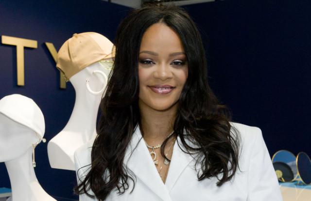 Rihanna- Fenty Launch - may2019