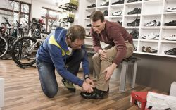 Buying shoes, Splitit