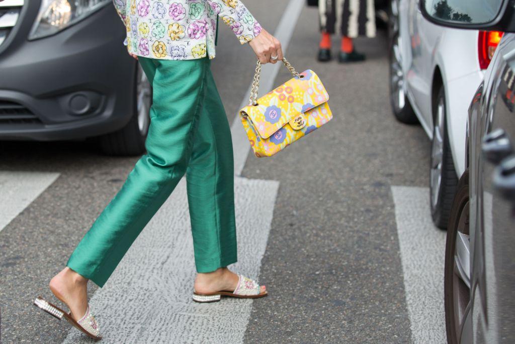 summer 2019, sandal, trend, slide, street, style