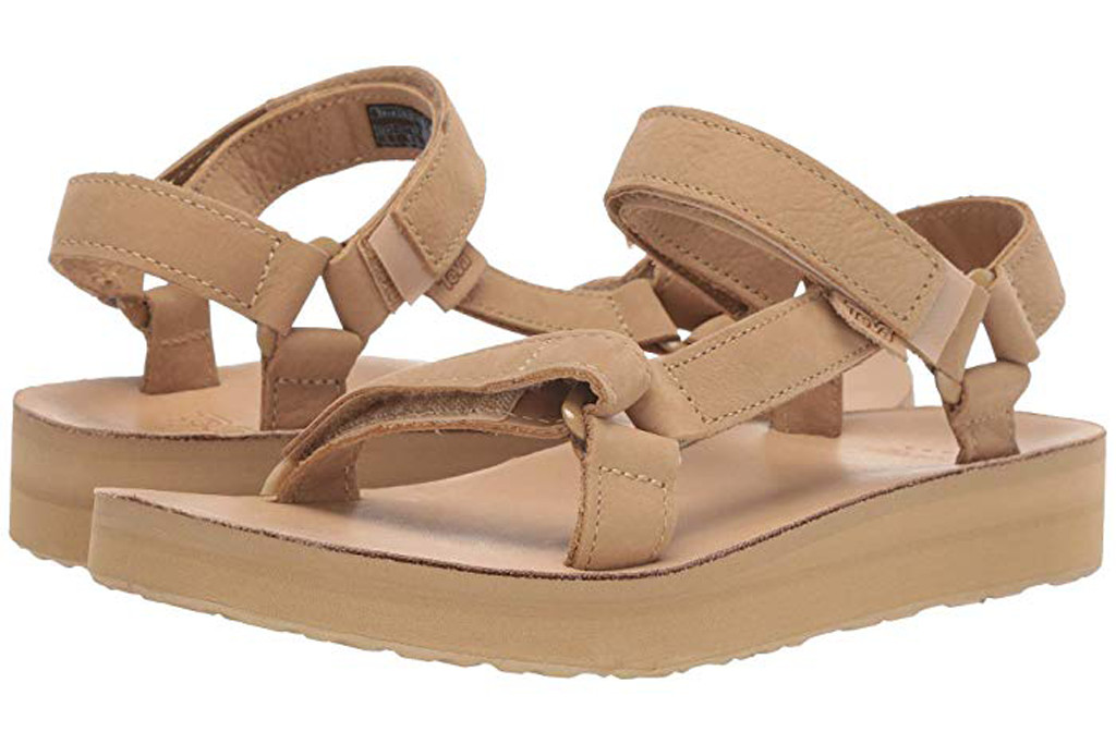 Teva Midform Universal Leather, summer shoe trends, 2019 summer trends, sports sandals, tevas, beige shoes