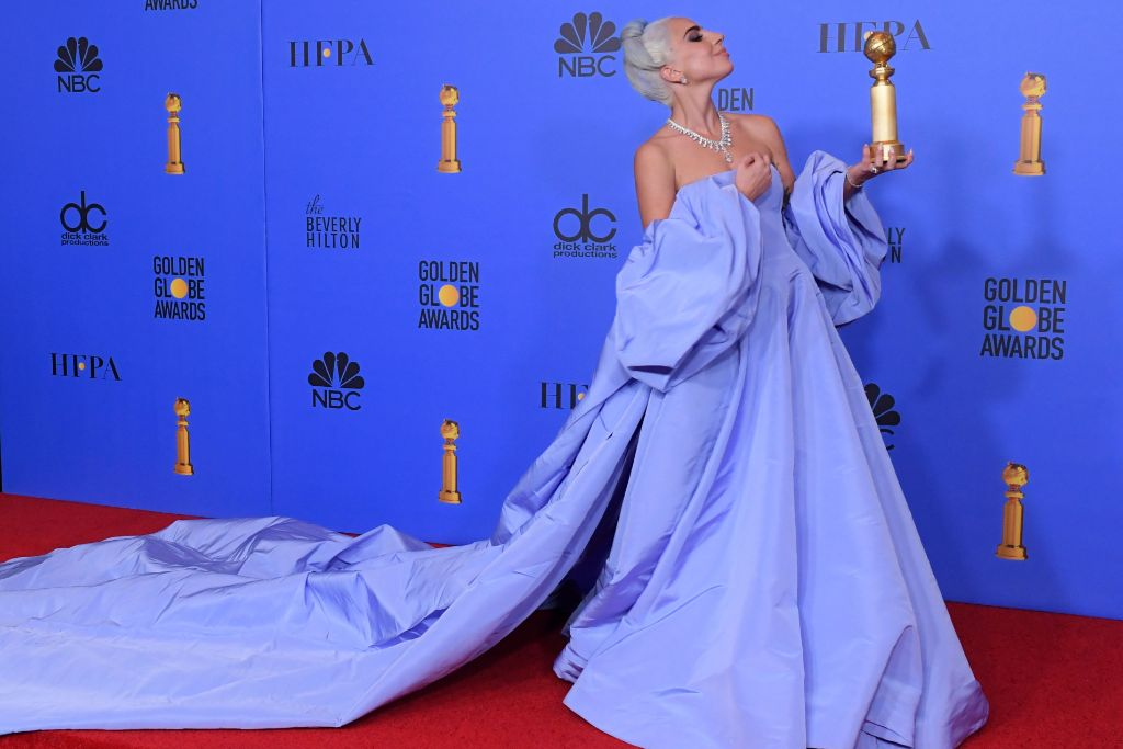 lady, gaga, golden, globes, hollywood, red, carpet, style, platform, shoes, blue, hair