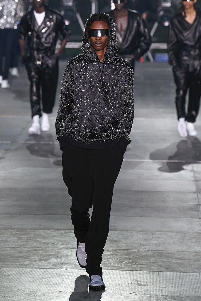 Balmain spring 2020 runway, Paris Fashion Week Men's.
