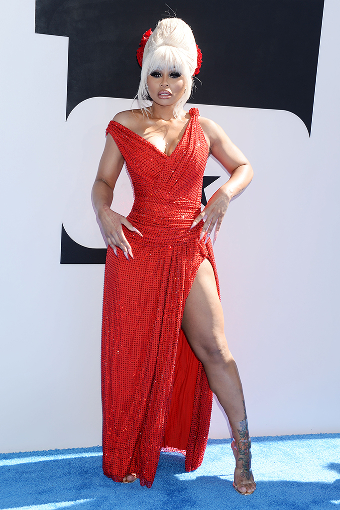 Blac Chyna, BET Awards 2019, red dress, red sandals, blonde wing, red carpet style, trends, sandals